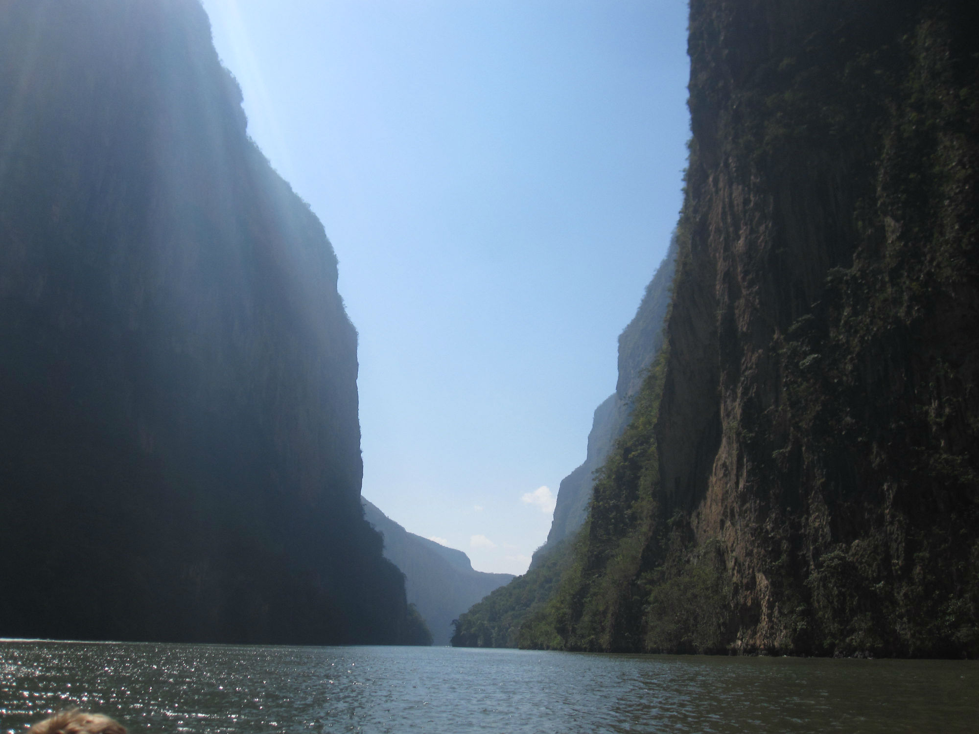 Sumiderokanjonen! The Sumidero Canyon!