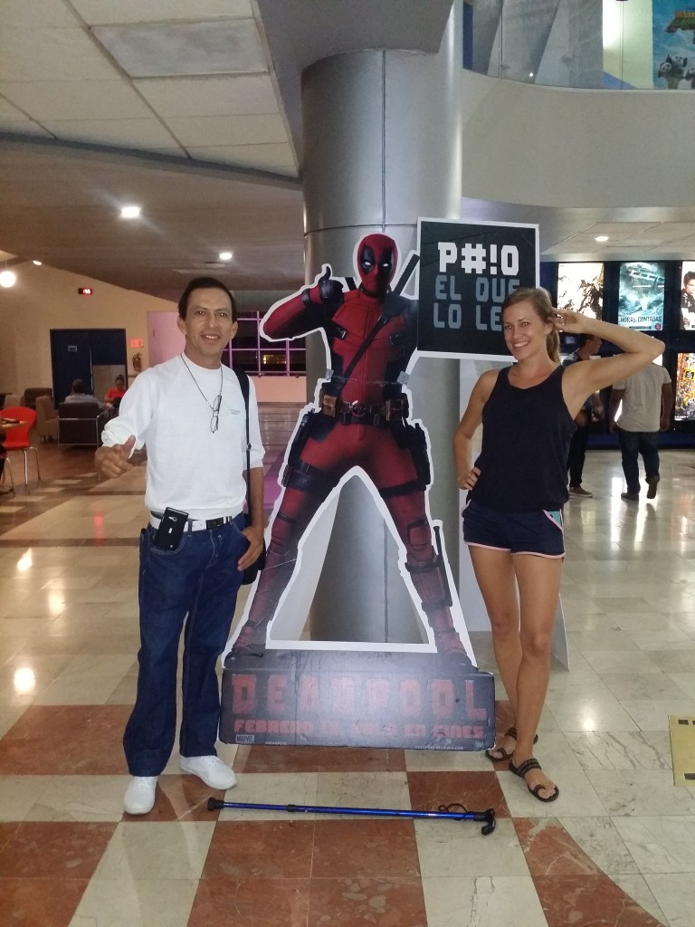 Såg filmen Deadpool med vår vän Gustavo! We saw the Deadpool movie with our friend Gustavo!