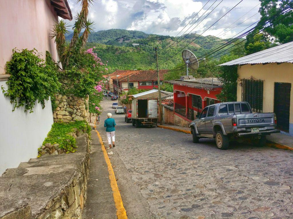 Copan Ruinas blev vårt nästa resmål i Honduras! Copan Ruinas was our next destination in Honduras!