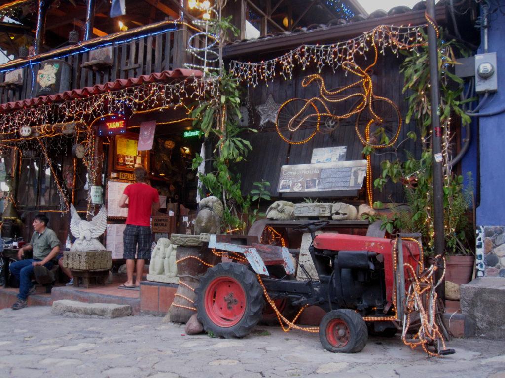 En mysigt inredd restaurang! A cozy decorated restaurant!