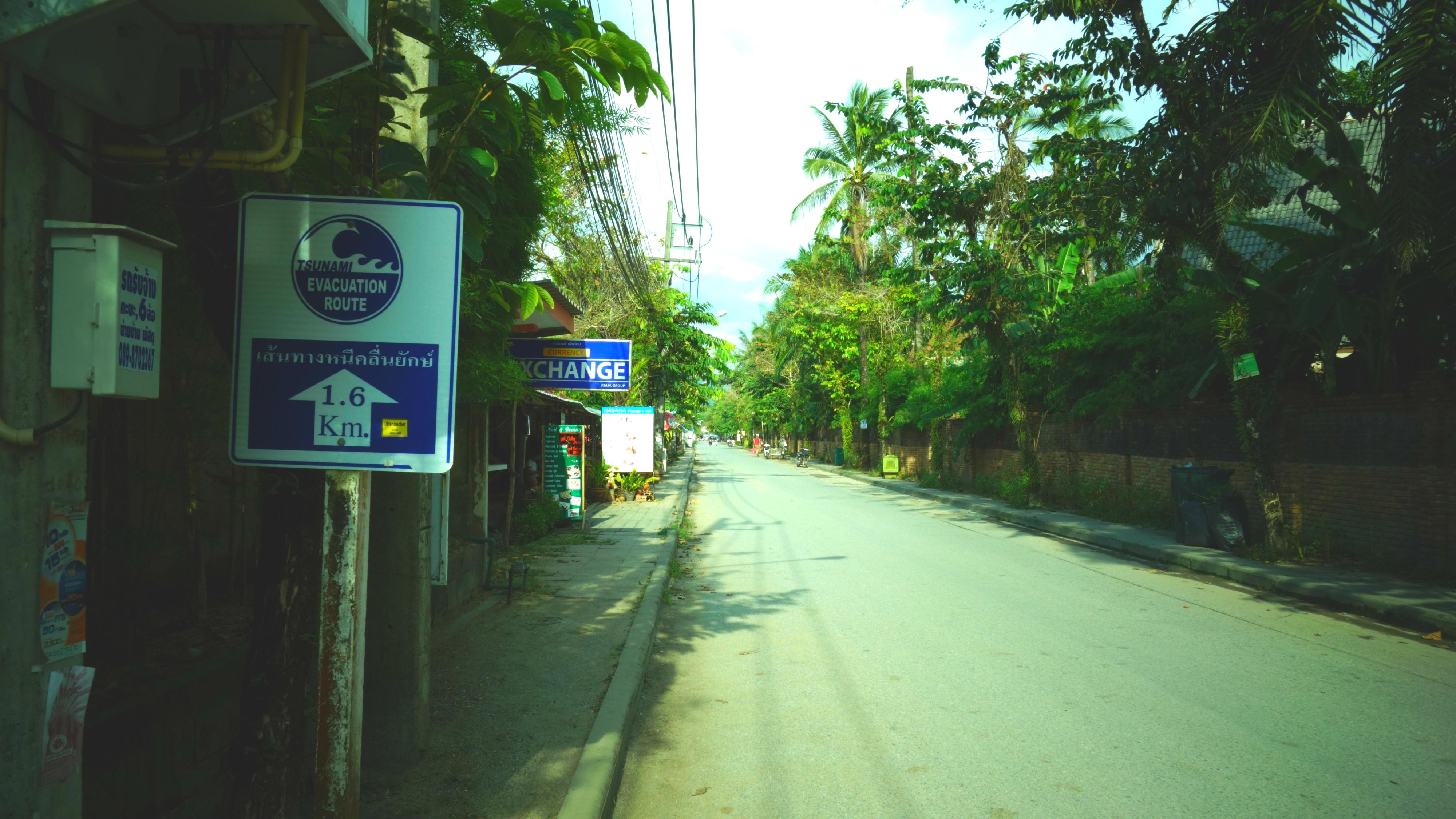 Roda khmerer fick thailandsk hjalp